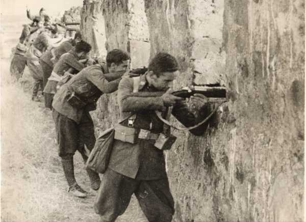 Spanish Civil War News Photos