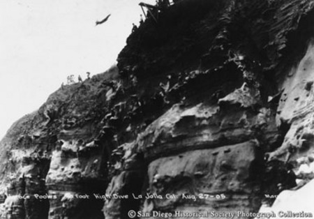 [Professor Poole's 90-foot high dive off cliffs at La Jolla, August 27, 1905]