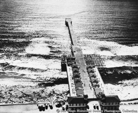 Aerial view of Crystal Pier, Pacific Beach