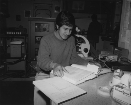 Adolfo Molina-Cruz of the Centro de Investigacion in Ensenada, Mexico, working in the paleo laboratory aboard D/V Glomar C...