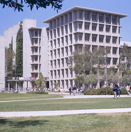 John Muir College: Electrophysics Research Building: exterior: full view from south east