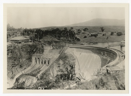 Sweetwater Dam reconstruction following 1916 flood