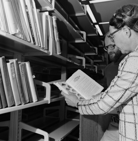 """Hubbs Library Move: SIO Archivist Elizabeth Noble Shor and SIO Library Director William J. Goff in the Hubbs Library on A..."