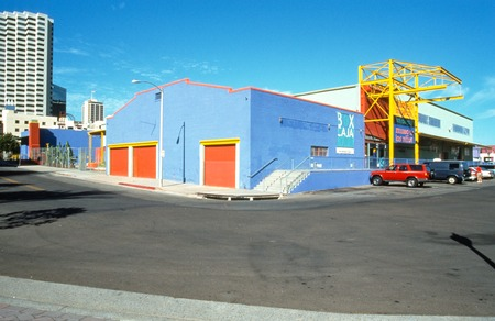 Union market island front: view of the corner of tbe building
