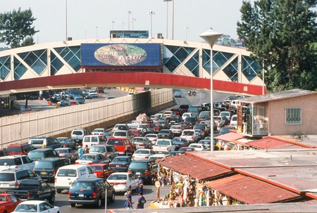 You Are Aquí: heavy traffic under the Puente Mexico