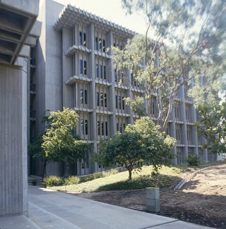 John Muir College: Electrophysics Research Building: exterior: partial view of east side