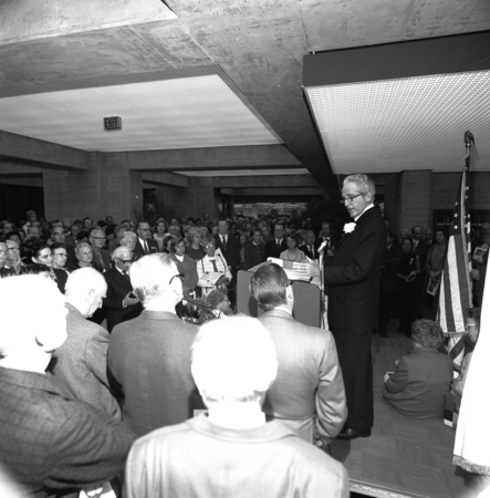 [Architect William L. Pereira at podium, dedication of Central University Library, March 13, 1971]